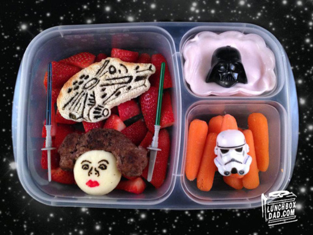 lunchboxdad-com-219120_w1000-hero-dad-makes-incredible-movie-lunches-with-minions-and-more-i-want-them
