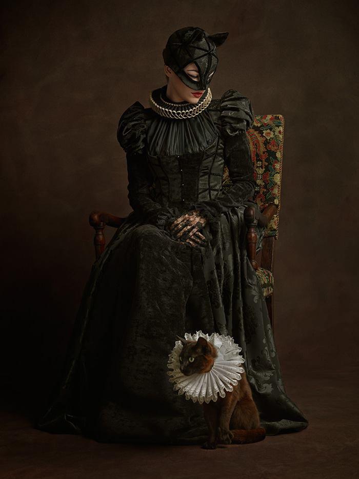 renaissance<em>superheroes</em>catwoman