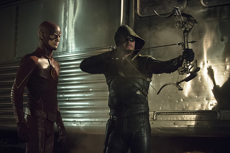 Arrow & Flash TV series renewed for season 4 and 2 respectively