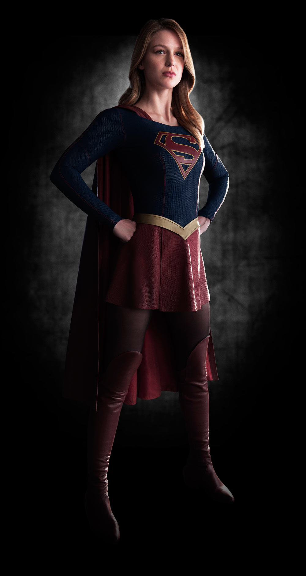 Supergirl TV costume revealed