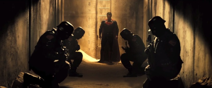 Batman v Superman Trailer is Here 2