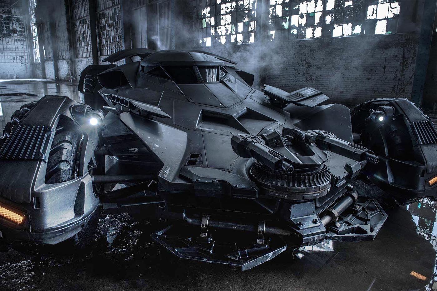 Batmobile spotted on Suicide Squad Set