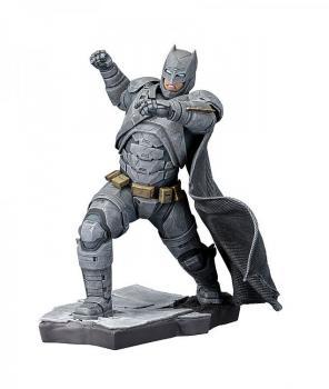 BATMAN V SUPERMAN ARTFX+ STATUE 1/10 BATMAN 21 CM