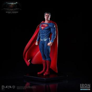 BATMAN V SUPERMAN DAWN OF JUSTICE STATUE 1/10 SUPERMAN 19 CM