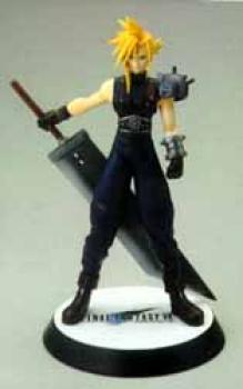 Final Fantasy VII Cloud standing resin statue
