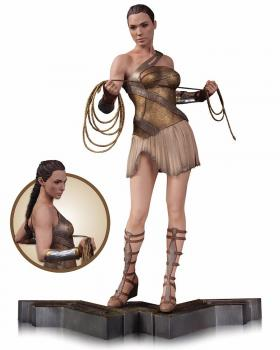 WONDER WOMAN MOVIE STATUE - WONDER WOMAN TRAINING OUTFIT