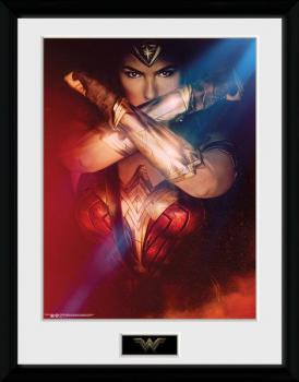WONDER WOMAN FRAMED POSTER 30 X 40 CM - CROSSING ARMS (WONDER WOMAN 2017 MOVIE)