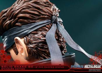 METAL GEAR SOLID PVC SD STATUE - SOLID SNAKE