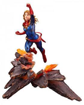 Marvel Universe ARTFX Premier PVC Figure - Captain Marvel 1/10