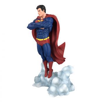 DC GALLERY PVC FIGURE - SUPERMAN ASCENDANT
